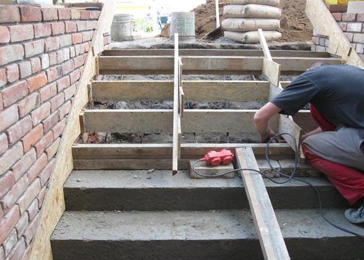 Как сделать крыльцо из бетона