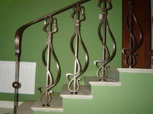 Кованые ограждения: стильное решение для лестницы