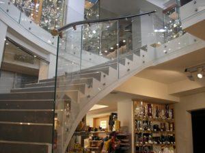 Лестничные конструкции из стекла (триплекса)