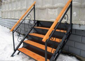 Сварная лестница – надежность и долговечность