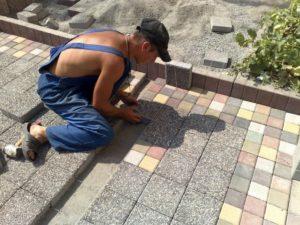 Ступеньки и крыльцо из тротуарной плитки: особенности строительства