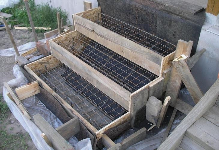 Делаем бетонную лестницу сами: 6 преимуществ