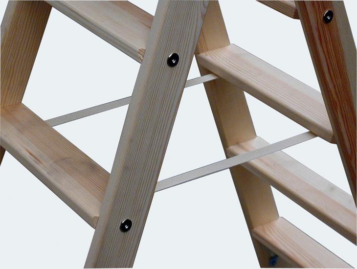 Как сделать лестницу-стремянку из дерева своими руками