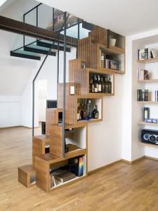 Компактные лестницы в коттеджах