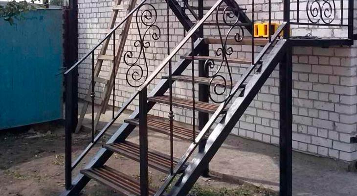 Лестницы г образная своими руками