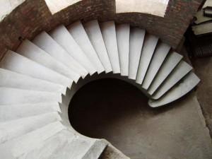 Как соорудить монолитную лестницу в доме: пошаговая инструкция