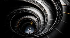 Корректное использование слова «лестница» в русском и английском языках