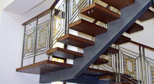 Металлические лестницы – цена и качество
