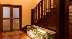 Какие лестницы целесообразно устанавливать в двухэтажных домах?