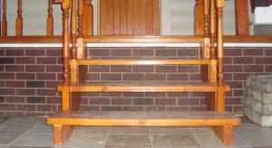 Деревянные ступени для лестниц: идеальное декоративное решение