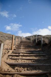 Строительство садовых лестниц
