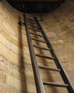 Канализационные и водосточные лестницы