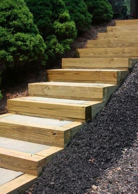 Деревянные садовые лестницы