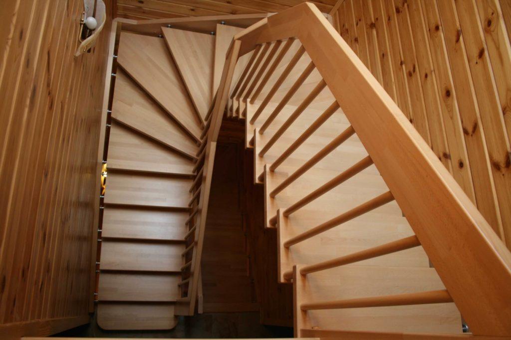 Виды оформлений лестничных пролётов