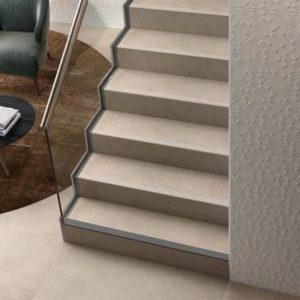 Лестницы из керамогранита – естественная красота и долговечность